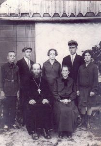 Священномученик Феодор Поройков с семьей