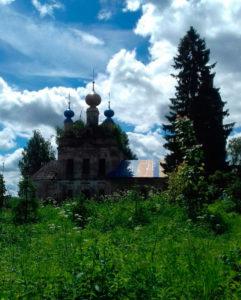Литургия в селе Уславцево