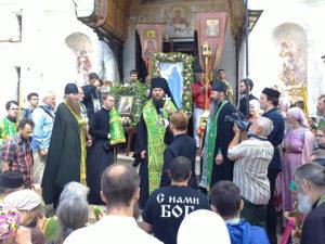 слово епископа Феодора перед Крестным ходом