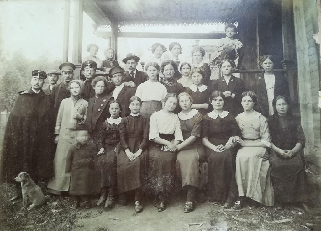 Клирос села Вощажниково дореволюционное фото, сентябрь 1913 г.
